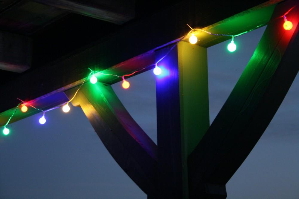 led lichterkette 10m bunte leds 50er partylichterkette. Black Bedroom Furniture Sets. Home Design Ideas