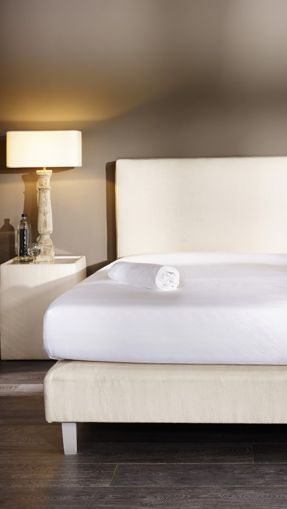 mistral home perkal spannbettlaken 140 x 200 cm uni 2 modelle gypt baumwolle bettw sche. Black Bedroom Furniture Sets. Home Design Ideas